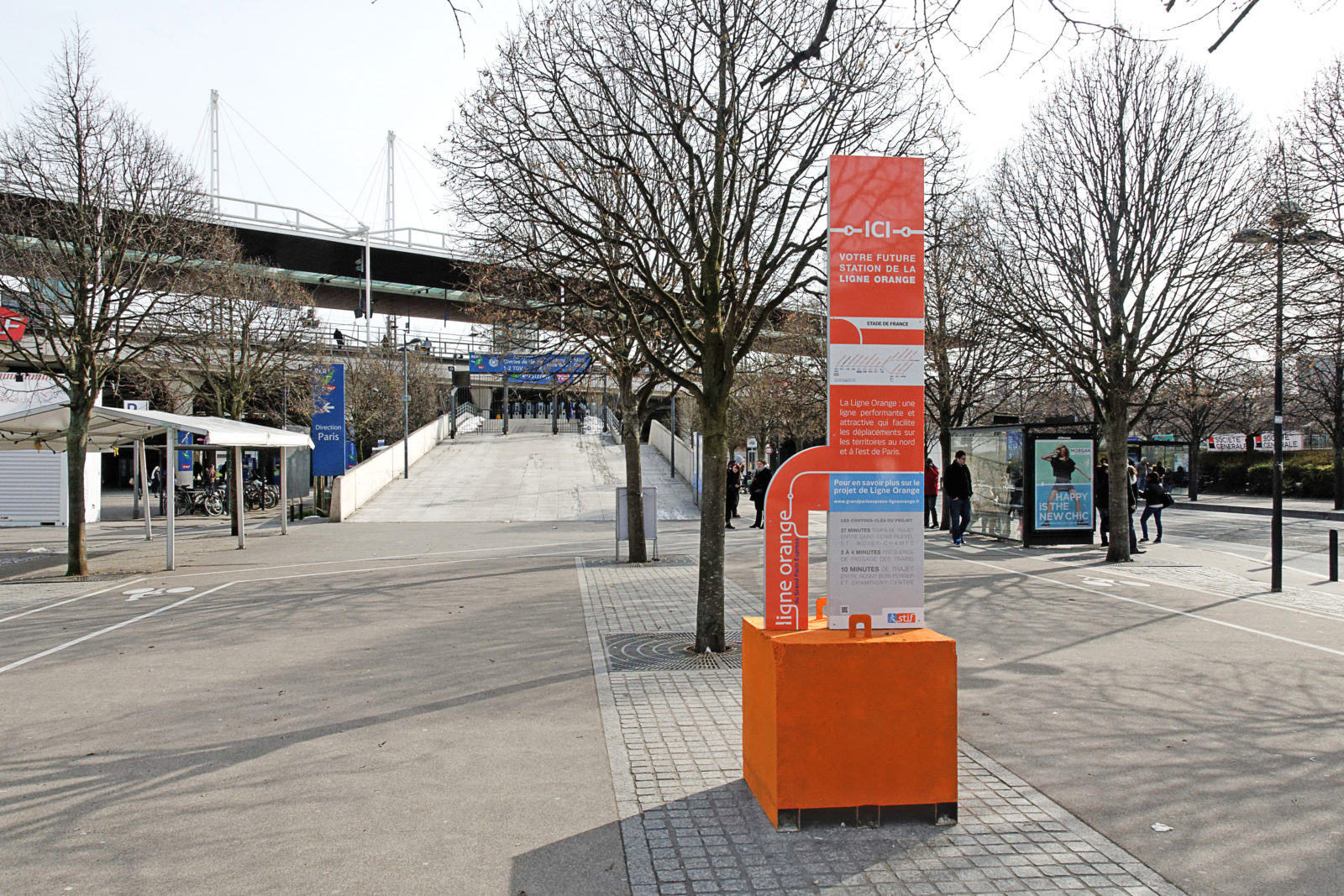 totem-communication urbaine-ligne-orange_stif