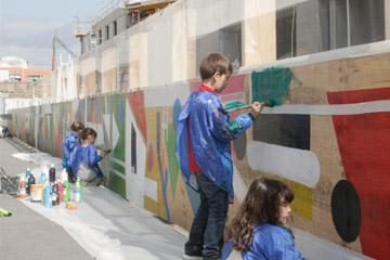 palissade-chantier-streetart-enfants