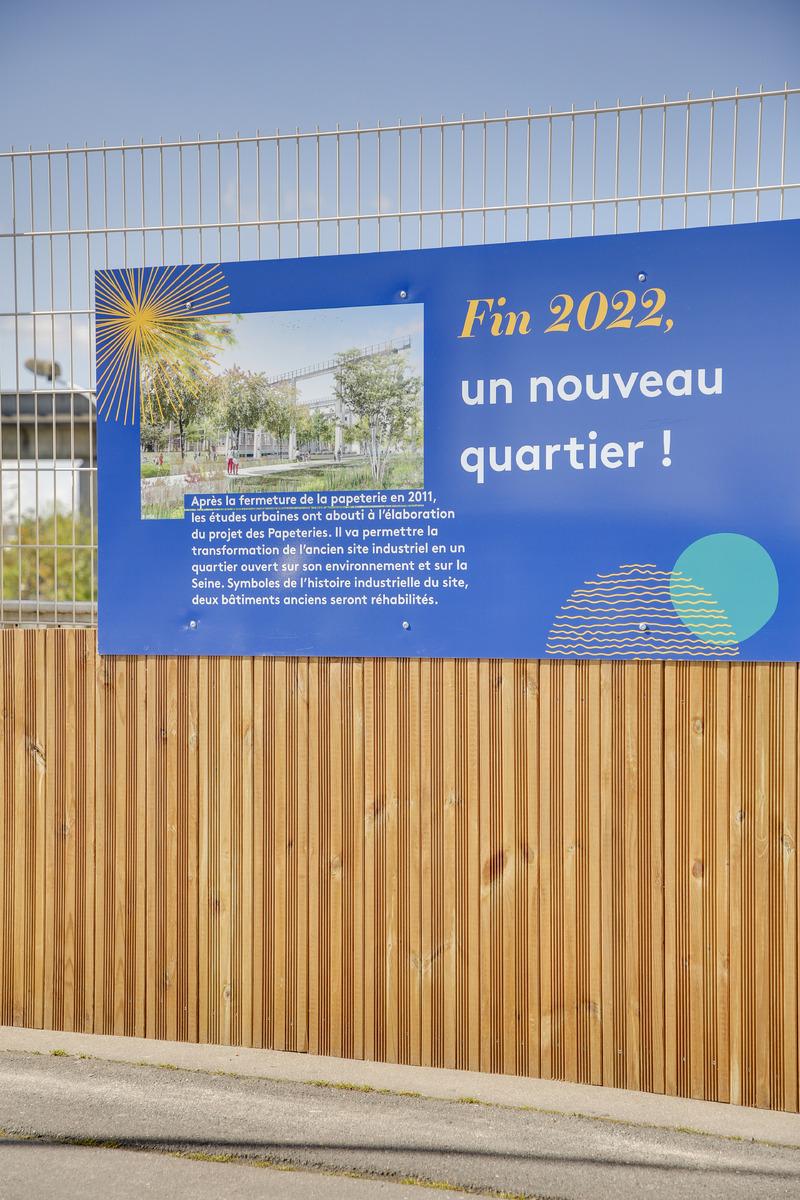 palissade-communication-chantier-affichage-bois-quartier.jpg