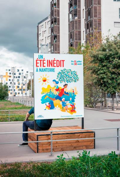 support-affichage-bois-exposition-ville