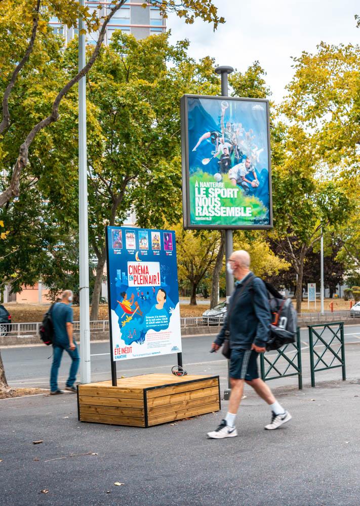 support-affichage-bois-ville-3