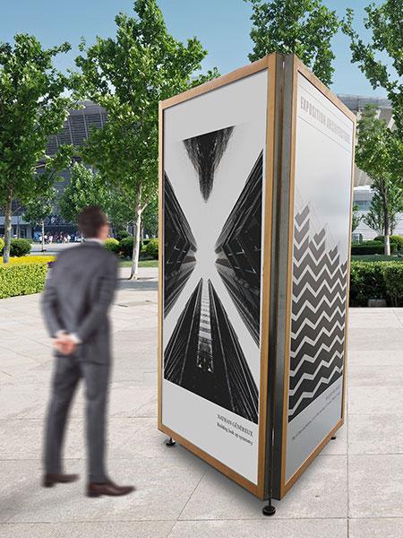 totem-urbain-support-exposition-bois